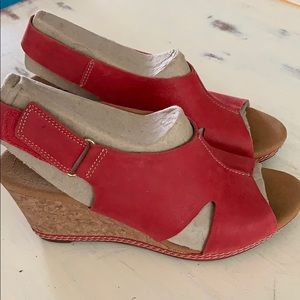Clarks size 8 wedges. Red suede.